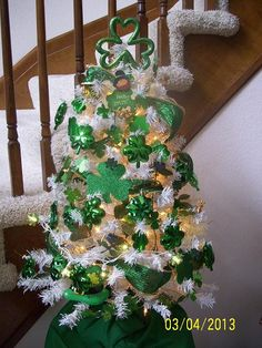 little white 'Christmas' tree....works for ALL the holidays.  Really cute here for St Paddy's.  Done by ChristmasCandy on the Garden Web's Holiday Forum.