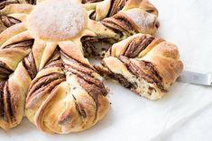 Schmeckt saftig, locker und schokoladig: Nutellasonne mit Hefeteig.