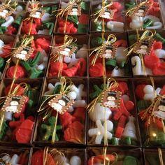 Christmas Soap, Homemade Christmas Gifts, Homemade Gifts, Handmade Christmas, Christmas Crafts, Diy Candles Scented, Homemade Candles, Christmas Themes, Christmas Decorations
