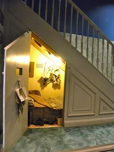 Harry Potter studio tour: The cupboard under the stairs | by Rev Stan