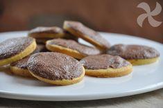 Galletas con glasa de chocolate - https://www.thermorecetas.com/galletas-con-glasa-de-chocolate/