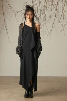 Isabel Benenato - fall and winter 2016 be-jewel.com/Designers/