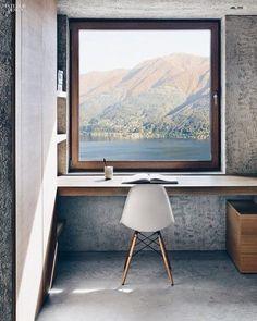 Een rustgevende werkplek, hoe richt je deze in? Lees onze tips en maak er gebruik van! Richt je werkplek op een rustgevende manier in.