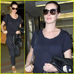 Anne Hathaway Shares Epic Throwback Photos of Melissa McCarthy, Sandra Bullock, Meryl Streep, & Scarlett Johansson!