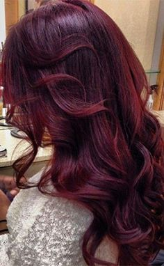 Wine color hair by best 25 mahogany hair colors ideas on. 2015 Hairstyles, Pretty Hairstyles, Haircuts, Love Hair, Gorgeous Hair, Pelo Color Borgoña, Ombre Color, Plum Colour, Aubergine Hair Color