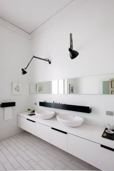 Black and White Bathroom interior design bathroom design design ideas decorating before and after White Bathroom, Modern Bathroom, Small Bathroom, Master Bathroom, Bathroom Storage, Bathroom Lamps, Bathroom Lighting, Bathroom Sinks, Bathroom Layout
