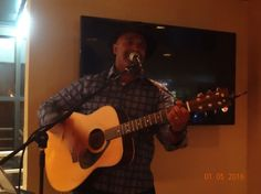 Review of Everett Pendleton's January 5, 2016 gig at Chopps in Burlington, MA. As my schedule permitted, I stayed for an enjoyable set-and-a-half of acoustic soft rock from someone who has been one of my favorite vocalists since the early days of my writing career.