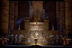 The Met's Aida. Production from 1988 by Sonja Frisell. Sets by Gianni Quaranta.