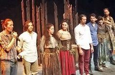 "http://cofibuk.com/arte/teatro-arte/mercutio-teatro/  Reestreno de ""El cuerpo de Mercutio en el Foro Shakespeare."
