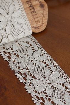 linen white lace  ~ CE♥