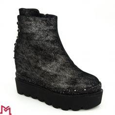 Pantofi Sport All Black Sneakers, Sports, Fashion, Hs Sports, Moda, La Mode, Sport, Fasion, Fashion Models