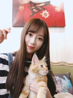 #郑丹妮 Neko chan :3