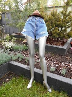Your place to buy and sell all things handmade High Rise Shorts, High Jeans, Hugo Boss Jeans, Vintage High Waisted Shorts, Festival Shorts, Distressed Shorts, Summer Shorts, Boyfriend Jeans, Denim Shorts