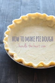 Video: How to Make Pie Dough by hand or with a food processor. Perfect for Thanksgiving pies! Video: How to Make Pie Dough by hand or with a food processor. Perfect for Thanksgiving pies! Köstliche Desserts, Delicious Desserts, Dessert Recipes, Yummy Food, How To Make Pie, Food To Make, How To Make Dough, Food Network, Homemade Pie Crusts