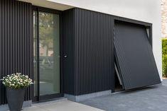 Cool & Creative Garage Doors ************ They can likkewise mmakke roomms without y. Modern Garage Doors, Modern Door, Garage House, House Cladding, Wall Cladding, Casas Containers, Garage Door Design, The Doors, Exterior Design