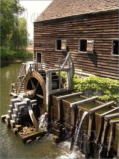 Grist Mill in Colonial Time   Picture of Water Mill from Colonial Times
