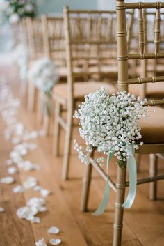 Mint and Gold Wedding Inspiration | Wedding Aisle Decor