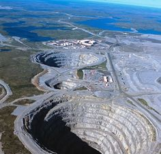 Diavik Diamond Mine, Canada The Diavik Mine is a mine in the Northwest Canada. It goes to 240 meters below the surface. The Diavik Mine produce 8 million carats or about kg of diamonds every year. Road Pictures, Water Pictures, God Is Amazing, Amazing Nature, Places To Travel, Places To Go, Minions, Diamond Mines, Land Art