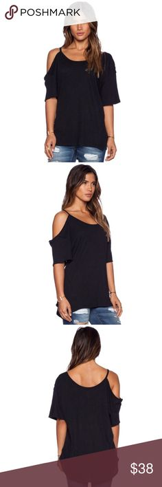 "Free People after party tee in black size small Free People ""after party"" cold shoulder tee  In black  Size small With cold shoulder cut outs  52% linen 48% cotton  Brand new with tags Free People Tops Blouses"