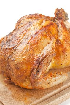 Slow Cooker Whole Chicken Recipe with Paprika, Cayenne Pepper, Onion Powder, Thyme, andd Garlic Powder - Low Carb and Paleo