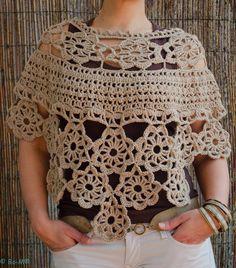 Capa Aponchada feita à mão em crochet  € 35,00