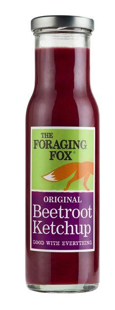 Foraging Fox Rödbetsketchup är en naturlig och friskt syrlig sås av rödbetor, äpple och en magisk mix av kryddor, som såväl lyfter burgaren som pastarätten.  #ForagingFox #rödbetsketchup #ketchups #sås #vår #sommar #nyhet #Beriksson