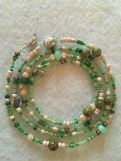 Handmade Waist beads #Earth Handmade Wire Jewelry, Funky Jewelry, Hippie Jewelry, Trendy Jewelry, Cute Jewelry, Jewelry Accessories, Bead Jewellery, Crystal Jewelry, Beaded Jewelry