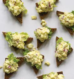 ... toast points gourmet egg salad on pumpernickel toast points more egg