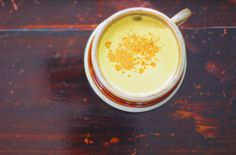 Turmeric Milk is warming & nourishing drink, best enjoyed at the end of your day! Discover the benefits & just how simple it is to make in this short video from Nutrition Stripped. Tumeric And Ginger, Turmeric Golden Milk, Turmeric Milk, Healthy Juices, Healthy Drinks, Healthy Treats, Eating Healthy, Healthy Food, Clean Eating