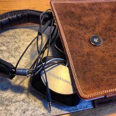 B & W P5 Sleeve | #sleeve #headphone #handmade #leather #craftmanship #organic