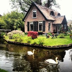 Giethoorn, Holland by Serenat Tanaçan