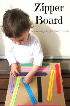 Talk about fine motor skills, look how great this is. DIY zipper board for kids. Great for fine motor and sensory development. Quiet Time Activities, Motor Skills Activities, Montessori Activities, Infant Activities, Toddler Fine Motor Activities, Indoor Activities For Toddlers, Toddler Activity Board Motor Skills, 18 Month Old Activities, Montessori Toddler
