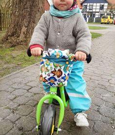 Die Kleine ist so stolz auf ihr neues Laufrad! Der Cousin hat schon lange eins (ist aber auch ein Jahr älter) und sie hat es sich immer mal wieder geschnappt, was meistens zu Unstimmigkeiten führte. D
