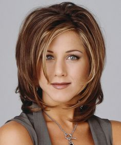 11 '90s Hairstyles That We'd Love to See Make a Comeback - The Rachel from InStyle.com