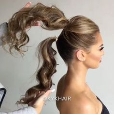 Love this trick for how to create a longer ponytail @kykhair