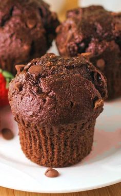 Low FODMAP and Gluten Free Recipe - Chocolate chip & banana muffins --- http://www.ibssano.com/low_fodmap_recipe_chocolate_chip_banana_muffins.html