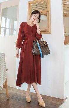 Korean Girl Fashion, Korean Fashion Trends, Korean Street Fashion, Muslim Fashion, Hijab Fashion, Long Skirt Fashion, Modest Fashion, Women's Fashion Dresses, Korean Dress