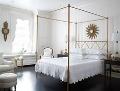 Eva Quateman Interiors - bedrooms - antiqued gold canopy bed, criss cross canopy bed, scalloped bedding, scalloped white bed linens, scallop...