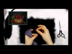 """ЖИВОПИСЬ ШЕРСТЬЮ """" МАКИ"""" / FELTING of PICTURE / HOW TO MAKE A PICTURE of WOOL - YouTube"""
