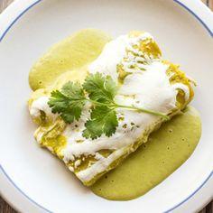 Suizas: Chicken or turkey enchiladas in a tangy tomatillo cream sauce ...