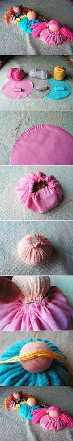 Boneca de Pano para Decoração // DIY Cute Fabric Doll Ornament