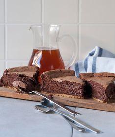 Cheesecake Μερέντας   Συνταγές - Sintayes.gr Greek Desserts, Party Desserts, Greek Recipes, Desert Recipes, Cake Cookies, Cupcake Cakes, Sweets Recipes, Cooking Recipes, Cheesecake Cupcakes