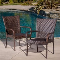2 Patio Chairs Brown Wicker Stackable Club Arm Chair Seats Outdoor Furniture   #Unbranded
