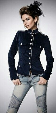 military style jackets for every steampunk Military Chic, Military Style Jackets, Military Fashion, Military Jacket, Casual Outfits, Cute Outfits, Mode Style, Casual Looks, Autumn Winter Fashion