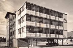 Co-Operative Office Building, built 1958, Colorado Springs. Designed by Jan Ruhtenberg, inspired by #Bauhaus and Mies van der Rohe. #architecture #design