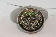 Collier nespresso pendentif vert, argenté fil aluminium