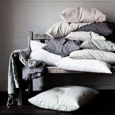 Washed Linen kuddfodral ljusrosa – Tell Me More – Köp online på Linen Pillows, Bed Pillows, Turbulence Deco, Shops, Nature Decor, Nordic Design, Decoration, Pillow Cases, Textiles