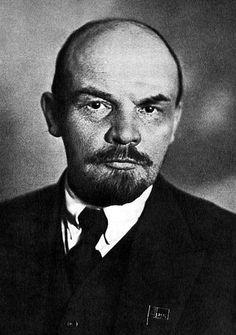 Did Vladimir Ilich Ulyanov (aka Lenin) die from chronic stress? (Lenin, 1920. Public domain via Wikimedia Commons..) #Lenin #history #biography #diagnosis