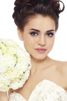 Gorgeous wedding make-up!
