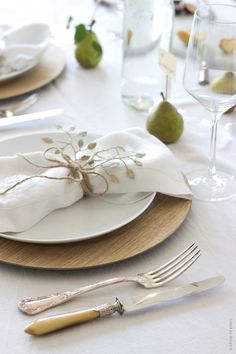 Warm wood chargers, mixed vintage cutlery and fresh fruit to hold place cards, simple || fresh || lovely- French By Design